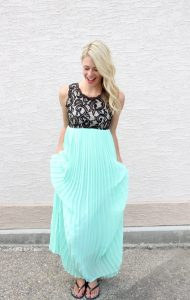 Summer Maxi Dress, how to customize your outfit and your mani with Jamberry