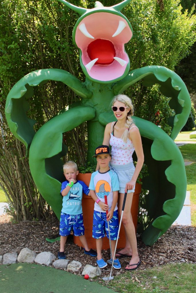 East Park Family Fun - Travel - water slides -mini-golf- London, Ontario, Canada
