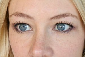 Ka-Brow! Easy, beautiful eyebrows that look natural and last 24 hours! YouTube tutorial
