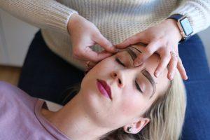 Brow Pampering: Eyebrow tinting, shaping and waxing at Laura Brow